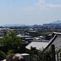 Photos: 右に京都タワー、左端に祇園閣