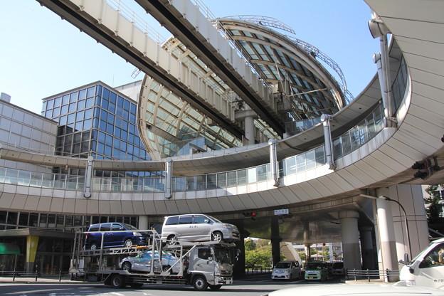 モノレール「県庁前」駅