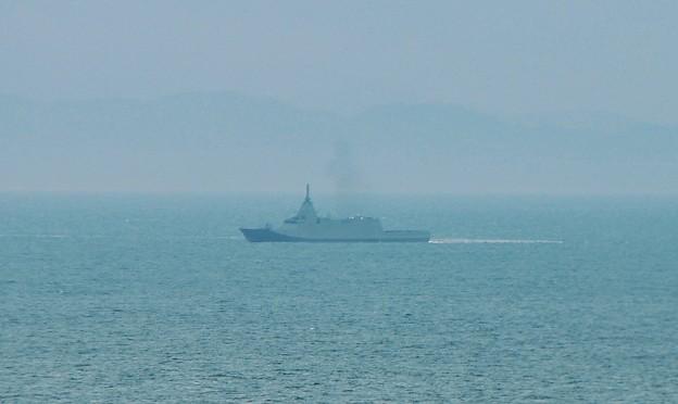 FFM-2「くまの」海上公試入りました(小さい、荒い、遠い)2