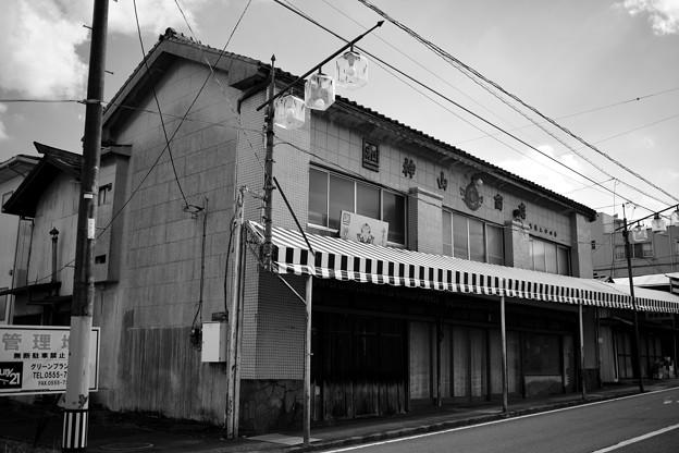 街道沿いの建物
