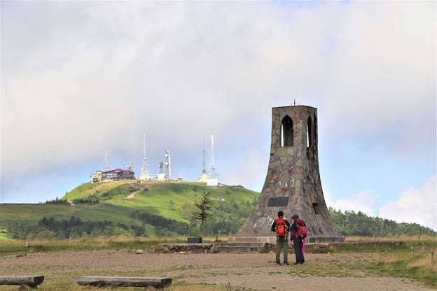 美しの塔と王ヶ頭とハイカー