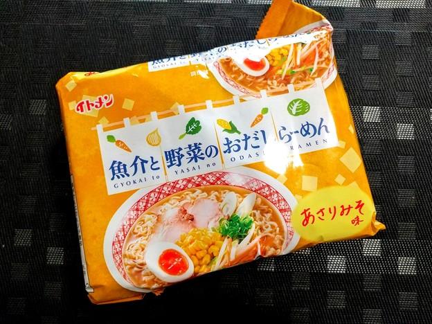 イトメン 魚介と野菜のおだしらーめん みそ味