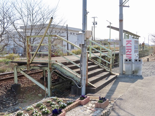 Photos: 岡地駅