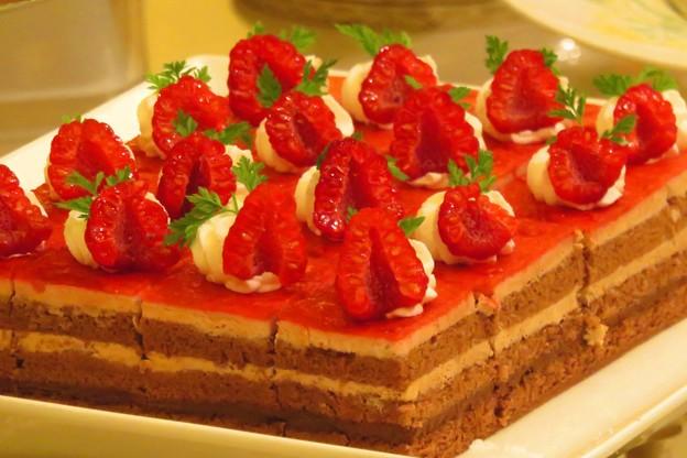 ラズベリーシュートケーキ。