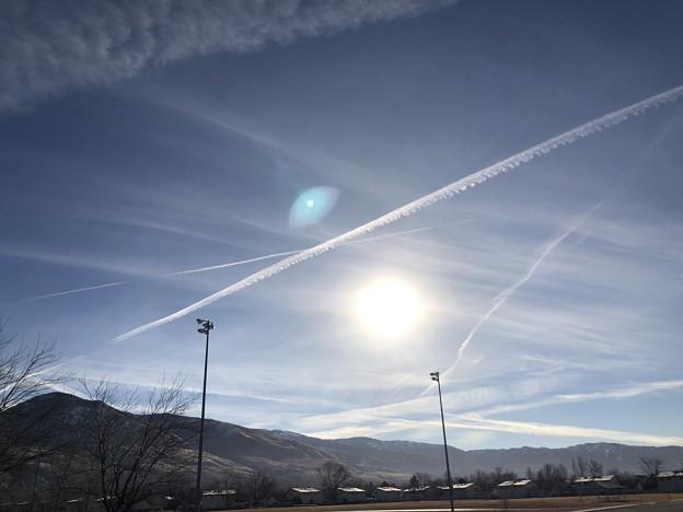 飛行機雲…2 1-15-2021