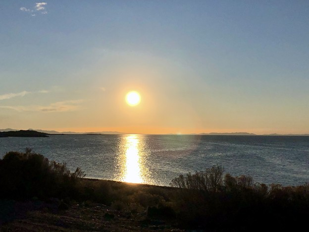反対側の夕陽