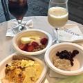 Photos: 朝食は。。