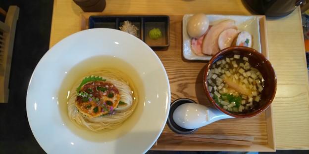 プレオープン中の郡山市の麺処隆さんにて昆布水特製(塩)と唐揚げ丼をいただく 美味しゅうございました