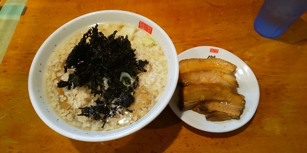 福島市の麺屋 傑心さんにてS4R(少ししょっぱい背脂塩らぁめん)とプレミアム厚切りちゃーしゅーをいただく 美味しゅうございました