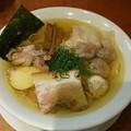 福島市の自家製麺えなみさんにて自家製ワンタン塩らぁめんをいただく 美味しゅうございました