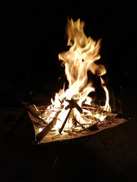 焚火は良いもんだ