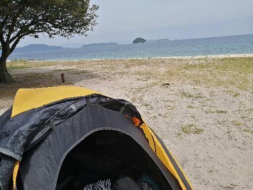 屋代島のキャンプ場からの海