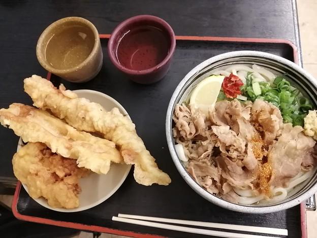 2日目朝飯は讃岐うどん!