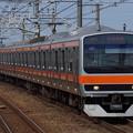 新浦安駅に到着するE231系