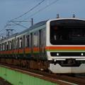 浅川橋りょうを渡る209系3500番代