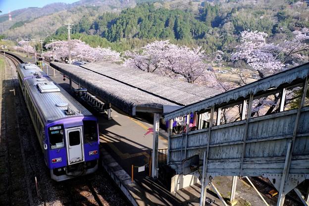 衰退する鉄路-京都府笠置町:JR笠置駅