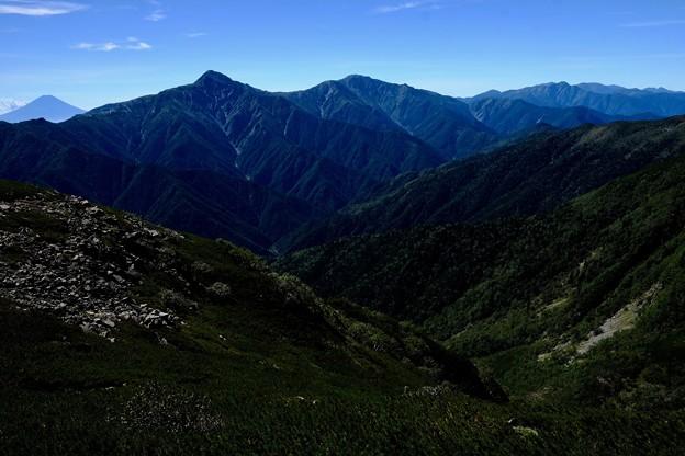 ワン、ツー、スリー-長野県伊那市:仙丈ヶ岳
