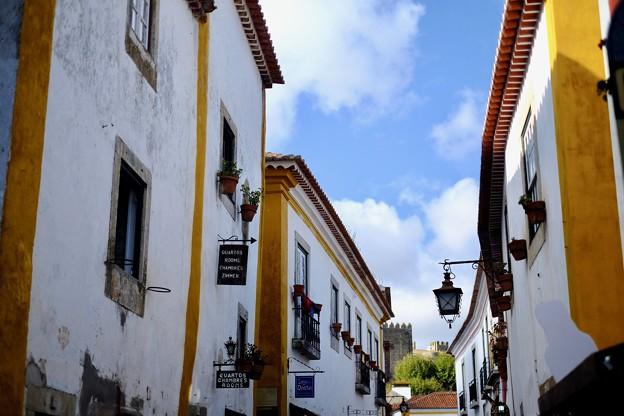城壁に囲まれた小さな村-Obidos, Portugal