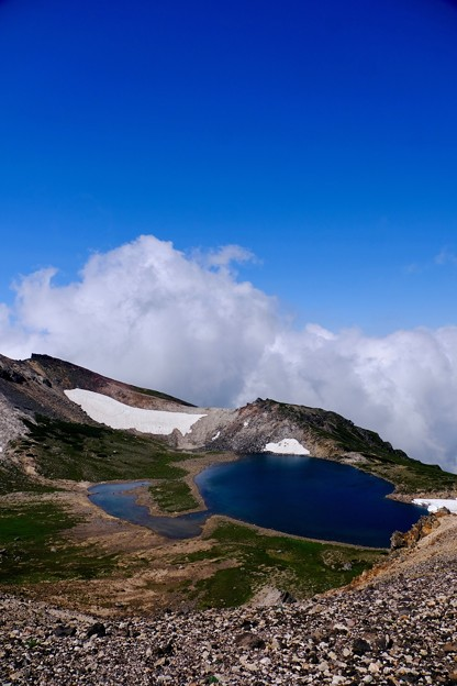Photos: 雲上の池-長野県松本市:乗鞍岳
