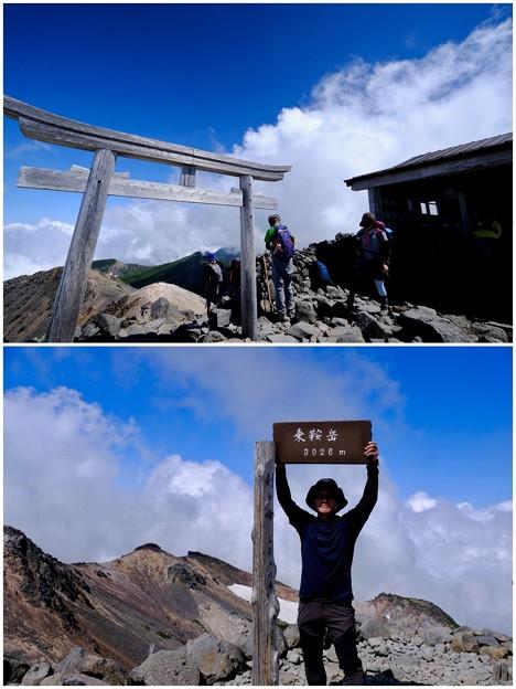 山頂にて-長野県松本市:乗鞍岳