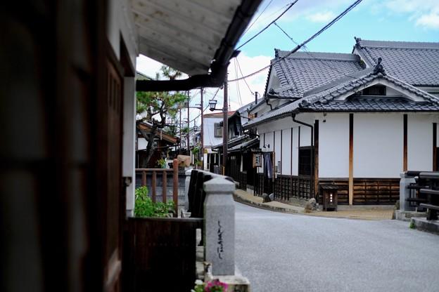 電線と電柱-奈良県五條市:五條新町