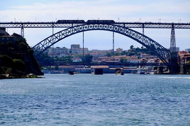 ドウロ川とドン・ルイス一世橋-Porto, Portugal