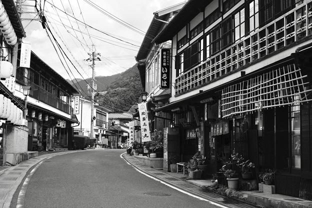 戻る賑わい-奈良県天川村:洞川温泉