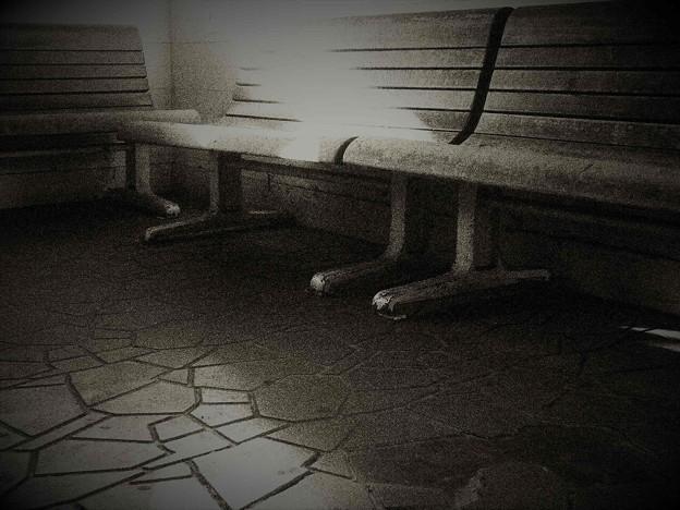 Photos: 古い椅子