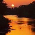 川面に映る夕日