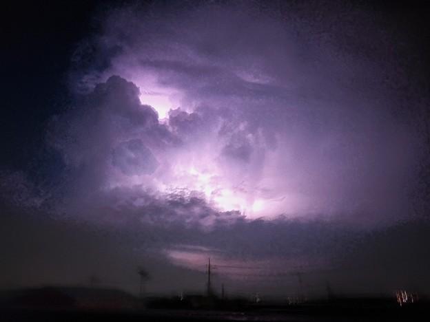 雲の中の雷