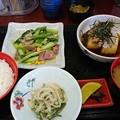 アスパラベーコン炒め揚げ出汁豆腐大根サラダ
