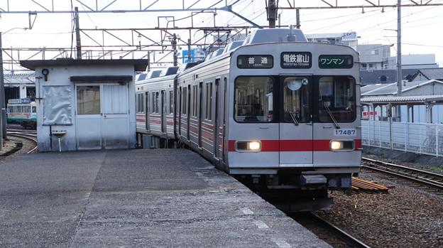 富山地鉄 17487F