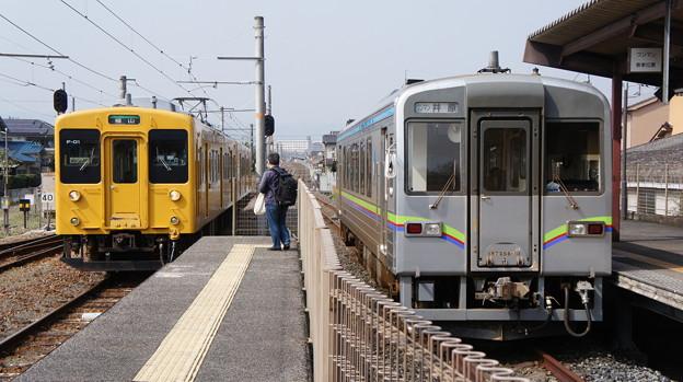JR西日本 105系 F-01と井原鉄道 IRT355-10