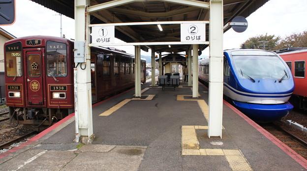若桜鉄道 WT-3001と智頭急行 HOT7000系 7012