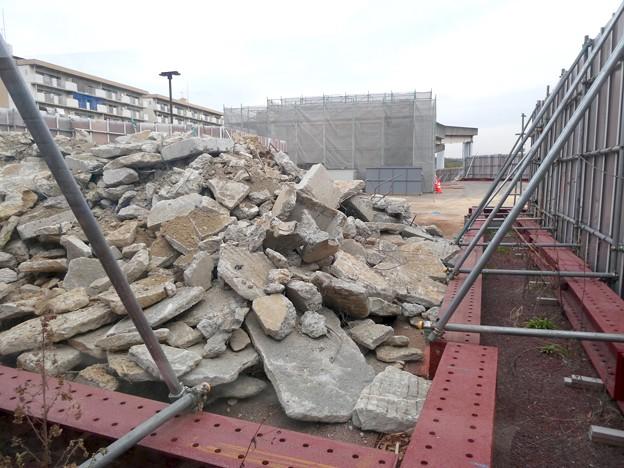 桃花台線の桃花台東駅解体撤去工事(2021年3月4日):残りの部分の撤去も開始 - 3