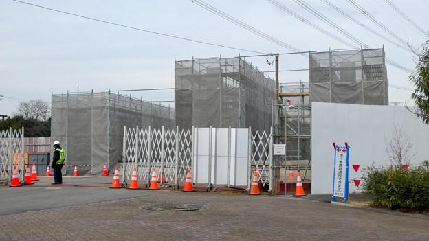 Photos: 桃花台線の桃花台東駅解体撤去工事(2021年3月4日):残りの部分の撤去も開始 - 5