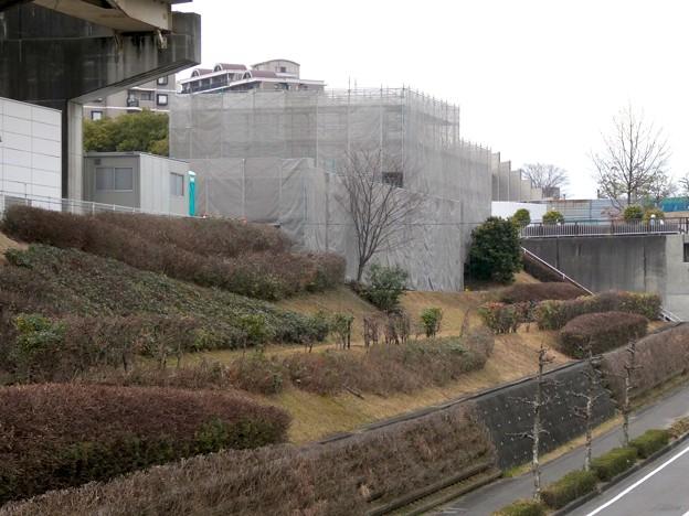 桃花台線の桃花台東駅解体撤去工事(2021年3月4日):残りの部分の撤去も開始 - 13