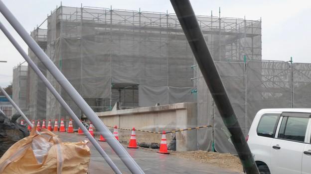Photos: 桃花台線の桃花台東駅解体撤去工事(2021年3月4日):残りの部分の撤去も開始 - 12