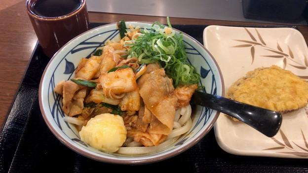 丸亀製麺 豚キムチぶっかけ