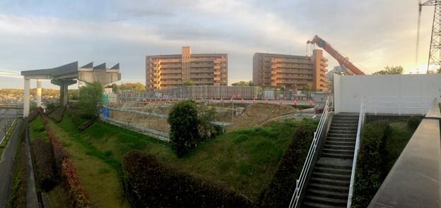 解体工事中の旧・桃花台線桃花台東駅(2021年4月14日撮影) - 7