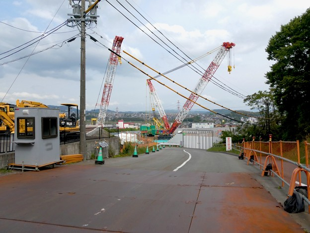 リニア坂下非常口工事現場の巨大移動式クレーン(2021年5月1日) - 4