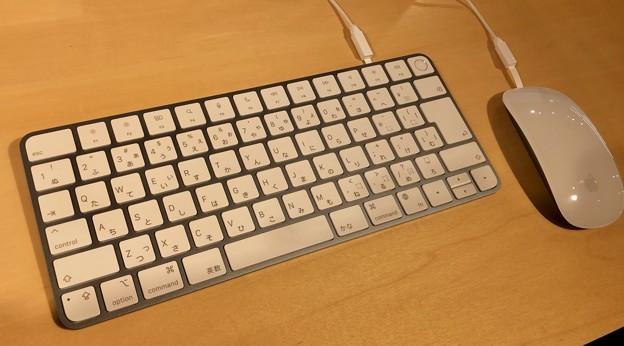 M1搭載iMacのブルーモデル - 3:キーボード(Touch IDあり)