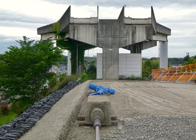 Photos: 解体工事中の桃花台線桃花台東駅(2021年5月22日撮影) - 9