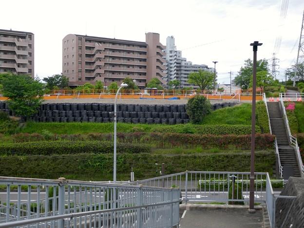 Photos: 解体工事中の桃花台線桃花台東駅(2021年5月22日撮影) - 2