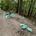 Photos: 雨が理由か土嚢が崩れてた弥勒山の登山道(2021年7月12日) - 2