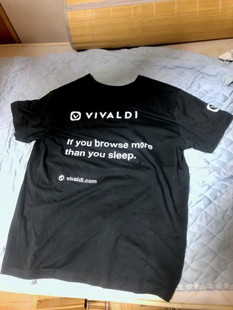 Vivaldi公式からもらったTシャツ