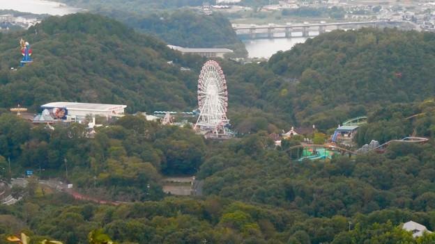 継鹿尾山の山頂から見た景色 - 3:モンキーハ?ーク