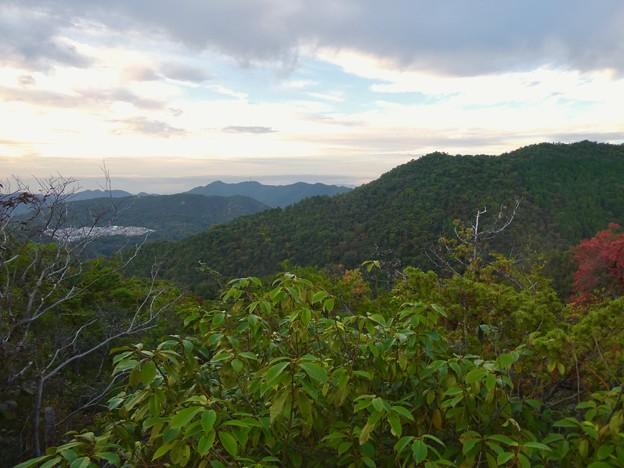継鹿尾山の登山道から見た景色 - 1;各務原方面