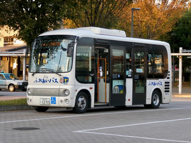 新鵜沼駅前にとまる各務原市ふれあいバス - 4