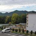 日本ラインうぬまの森:駐車場近くから見た山脈(左から愛宕山・双子山・八木山) - 1
